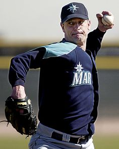 Jamie Moyer: Baseball's Oldest Winner - Seattle Weekly Mariners Baseball, Seattle Mariners, Baseball Players, Football Team, Football Pitch, Seattle News, American League, Sports