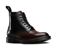 ANTHONY Clash countryside style with traditional workwear shapes – the beautifully crafted Anthony boot has been reimagined in Portuguese Boanil Brush leather with three combined upper colors – black, merlot and tan. Each 7-eye boot is crafted in our factory in Northamptonshire and finished by hand. The rub-off leather means that as your pair ages, it will become as totally unique as its wearer.