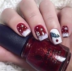 Very Cute Nail Designs for Christmas Party – Reny styles - Noel - christmas Cute Christmas Nails, Christmas Manicure, Xmas Nails, Christmas Nail Art Designs, Holiday Nails, Halloween Nails, Nail Art Simple, Trendy Nail Art, Seasonal Nails
