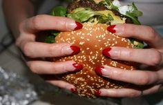Manucure et nourriture : l'idée appétissante du Tumblr Nails & Nosh. #NailsNosh