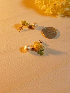 装飾系料理男子の*nob*こと3Re+nがレース針とレース糸での編み物~★ 完成した編み物のパーツたちにコットンパール、イヤリングやピアスの金具パーツをつけつけ~♪16