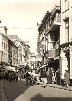Arnhem, Jansstraat, eind jaren '50. (Foto: collectie Gert Koene).