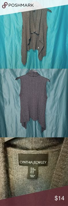 Comfy Cardigan Woolen material. Perfect for cool mornings. Cynthia Rowley Sweaters Cardigans