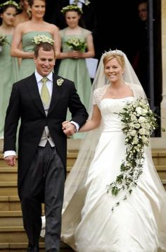BARGAIN!!! 12 x Wedding of Prince Harry and Meghan Markle UNSIGNED photographs