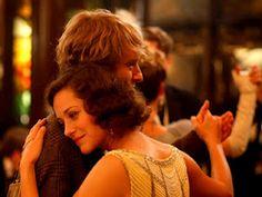 So romantic... Midnight in Paris |États Unis (1h34)| Scénario : W. Allen | Avec Owen Wilson, Marion Clotillard, Rachel McAdams.