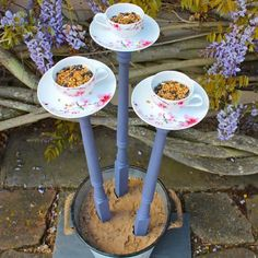 teacup bird feeder - #DIY home #decoration ideas