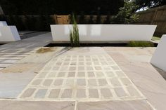 Stone setts in paving