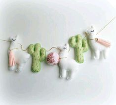 Llama Cactus garland bunting banner decor mobile cacti alpaca MADE TO ORDER Green & Gold Cactus and Felt Crafts, Kids Crafts, Diy And Crafts, Arts And Crafts, Alpacas, Llama Birthday, Diy Birthday, Baby Mobile, Bunting Banner