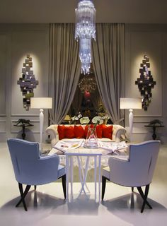 I had to share this beautiful room by Christopher Guy with you. ENJOY!