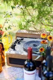 Outdoor bluegrass wedding
