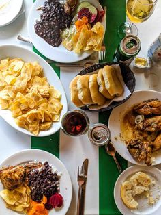 Traditional Cuban food is not only delicious but much of it is healthy too! Here are some easy Cuban recipes that are full in flavour like ropa vieja, picadillo, cuban flan, cuban rice, Cuban chicken fricassee, bistec encebollado,Bistec de palomilla, arroz con pollo, Cuban black bean and more #Cuba #Cubanfood Cuban Dishes, Spanish Dishes, Cuban Recipes, Healthy Recipes, Healthy Foods, Keto Recipes, Chicken Vegetable Stew, Cuban Cuisine, Spanish Cuisine