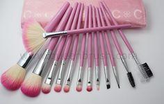 1. Pink makeup brush set, professional makeup brush set  2. Free sample available.  3. Good quality and low price