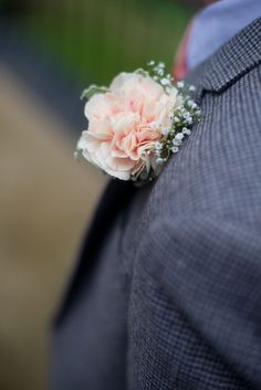 Peach carnation buttonhole - Laurel Weddings - Image by Dan Maudsley