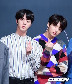 "BTS Jungkook , Jin at ""Fake love""conference Jungkook And Jin, Bts Bangtan Boy, Bangtan Bomb, K Pop, Bts Billboard, Billboard Music Awards, Bts Bulletproof, Jung Kook Bts, Jin Kim"