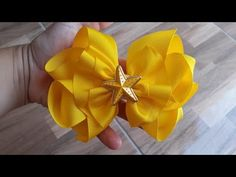 Laço Franzido com Butique duplo - YouTube Girls Bows, Hairbows, Hair Clips, Decoupage, Satin Bows, Hair Tinsel, Satin Ribbons, Big Bows, Headbands For Girls