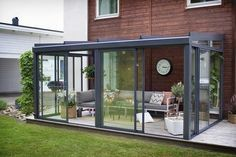The most beautiful conservatory models that will inspire you architect at home – pergola Pergola Patio, Pergola Plans, Backyard Patio, Pergola Kits, House Extension Design, House Design, Glass Porch, Garden Room Extensions, Sunroom Addition