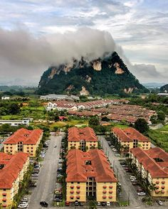 This place is out of this world 🌎💨🌬 Ipoh, Malaysia 🇲🇾 Out Of This World, Ipoh Malaysia, Places, Instagram Posts, Outdoor, Outdoors, Outdoor Games, The Great Outdoors, Lugares