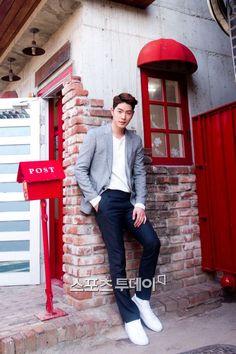 [stoo.asiae] 20150501 HongJongHyun  For Media Interview
