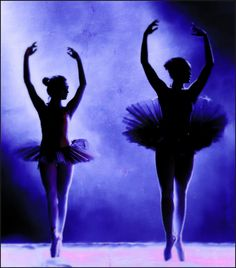 "TDX Quiz Mania : In ballet, what kind of a step is ""Pirouette""? a) A Jump b) A Leap c) A Turn d) A Kick  Let's see who all have been keeping up with their dance lessons! #thedanceworx #dance #arts #quiz #painteffect"