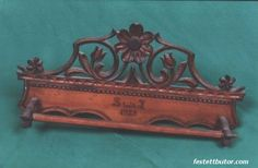 Faragott kendőtartó - készítette Sütő Béla (sz. 1895) Tray, Home Decor, Decoration Home, Room Decor, Board, Interior Decorating