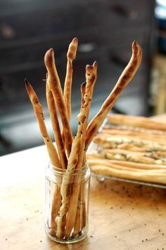 How to Make Italian Grissini Breadsticks — Cooking Lessons from The Kitchn 425F 10-15 min 1/2 cup of whole wheat flour  3/4 cup warm water  1 teaspoon honey  1 package (1 scant tablespoon) active-dry yeast 1 1/2 cup all-purpose flour  3 tablespoons good extra-virgin olive oil  1 1/2 teaspoons salt