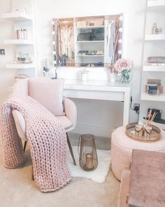 Room For Girl Interior Inspo ( Teen Bedroom Designs, Bedroom Decor For Teen Girls, Cute Bedroom Ideas, Room Ideas Bedroom, Small Room Bedroom, Girly Bedroom Decor, White Bedroom, Teenage Girl Rooms, Bedroom Ideas For Small Rooms For Teens For Girls