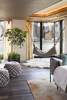 5 One-of-a-Kind NYC Hotel Rooms That Make a Strong Case for a Staycation #purewow #hotel #entertainment #travel