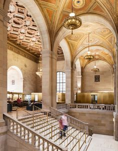 Henri Cleinge has converted a bank dating back to 1926 to an office, co-working space and café in downtown Montreal. Interior Exterior, Interior Architecture, Interior Design, Ancient Architecture, Contemporary Architecture, Interior Ideas, Interior Decorating, Cabaret, Palace