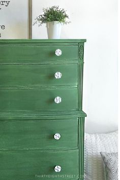 Dresser Refinished in Old Fashioned Milk Paint Company's Tavern Green painted by Thirty Eighth Street. Milk Paint Furniture, Green Painted Furniture, Distressed Furniture, Furniture Design, Primitive Furniture, Painting Furniture, Green Dresser, Dresser Refinish, Side Tables Bedroom