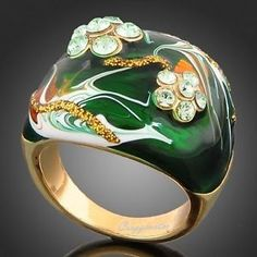 18k Yellow Gold GP Swarovski Crystal Green Oil Drill Vintage Ring R202
