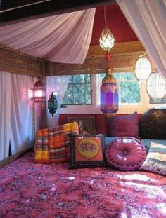 ⇒ Moroccan floor pillows. Bohemian room.. See the website in order to take a look at far more floor pillows. #MoroccanFloorPillows #moroccanfloorcushionsseating #moroccanfloorcushions #moroccanfloorcushions #MoroccanStyleFloorPillows Gypsy Room, Boho Room, Bohemian Bedding, Bohemian Bedrooms, Zen Room, Chic Bedding, Luxury Bedding, Bedding Sets, Moroccan Decor