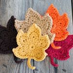Fall leaves free crochet pattern on the blog