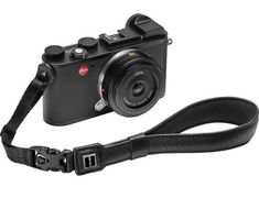 There's a very short list of things that every single photographer should definitely have for their camera, but a camera strap is on that list! Best Camera Strap, Camera Straps, Best Digital Camera, Digital Slr, Aperture And Shutter Speed, Camera Frame, Canon Eos Rebel T6, Reflex Camera, Wide Angle Lens