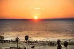 amanece en TEL AVIV, NEW YEAR's EVE by thesuites worldwide #sunset #telaviv #lifestyle #thesuites #nohotels
