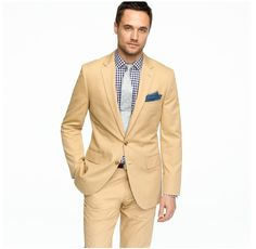 I doubt I could get Bryan to wear khaki, but it would look nice. Maybe a darker suit with a similar shirt/tie combo...