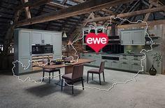 Du willst dir deinen Küchentraum erfüllen? 😍 Unsere Händler und ihre Schauräume haben garantiert Ideen, wo du ins Staunen gerätst. 🤩👏👀 Küchen Design, Conference Room, Sweet Home, Table, Furniture, Home Decor, Kitchen Inspiration, House Interior Design, Home Kitchens