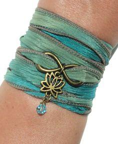 Infinity Lotus abrigo seda Pulsera Yoga joyas Namaste