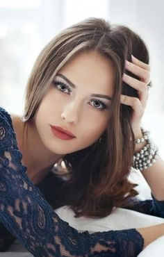 Top 10 Countries With The World's Most Beautiful Women (Pictures included) Girl Face, Woman Face, Most Beautiful Women, Simply Beautiful, Gorgeous Girl, Stunning Women, Stunning Eyes, Pretty Face, Pretty Woman