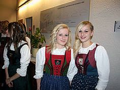 Tracht in Tirol. Lienz Austria Modest Dresses, Germany, Costumes, Switzerland, Womens Fashion, Southern, Woman, Farmhouse, Dress Up Clothes