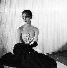 Genevieve Naylor, Mary Jane Russell, Harper's Bazaar, 1950.