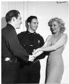Marilyn with the policeman