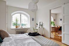 découvrir l'endroit du décor : PAS D'ESBROUFE / Get started on liberating your interior design at Decoraid (decoraid.com)