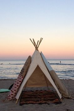 The WaveWam Teepee - http://www.indoek.com/archives/13895