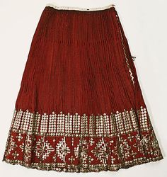 Popular Folk Embroidery Skirt Date: Culture: Romanian Medium: wool - Traditional Fashion, Traditional Dresses, European Costumes, Folk Embroidery, Embroidery Patterns, Textiles, Costume Institute, Folk Costume, Historical Clothing