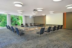 first class chairs and sleight tables for comfortable meetings in any #seminar room http://www.brunner-group.com/en/references/detail-page/Reference/show/schlosshotel-monrepos/125c636844f1c1bc70b4bc120271daa8.html #conference #furniture #chair #table