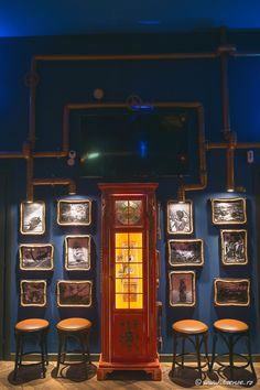 The Abyss, Italy, Interior design, bar, pub, Kraken, water, marine, blue, copper, steampunk, octopus, musical, instruments