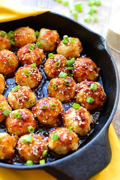 Add some zing to your chicken meatballs and make a homemade kung pao sauce with clean eating ingredients! Everyone will love these Kung Pao Baked Chicken Meatballs either as an appetizer or served over white sticky rice with a vegetable. Clean Eating Recipes, Healthy Eating, Cooking Recipes, Healthy Food, Healthy Protein, Healthy Salads, Healthy Appetizers, Appetizer Recipes, Dinner Recipes