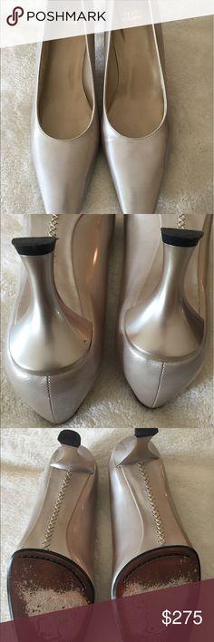 Stuart Weitzman size 9. Great condition Stuart  Weitzman size 9. Great condition Stuart Weitzman Shoes Heels