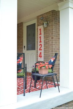 Porch makeover / Wrapping wrought iron columns