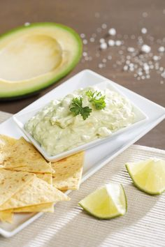 Guacamole Palak Paneer, Guacamole, Ethnic Recipes, Food, Essen, Yemek, Meals